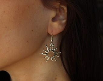 Bohemian Silver Sun Earrings, Bohemian Sun Earrings, Silver Sun Earrings, Minimalist Sun Earrings, Sun Dangle Earrings, Boho Sun Earrings