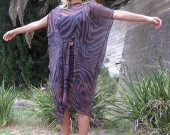 Luxurious Bohemian Over Size One Size tie-front Kaftan/Top/Tunic ST:3018