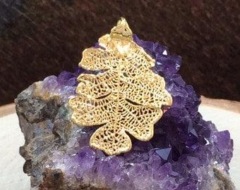 Oak Leaf Pendant, Gold Oak Leaf Pendant, Gold Oak Leaf, Leaf Pendant, Nature Pendant, Small, Earring Size, 1 Piece