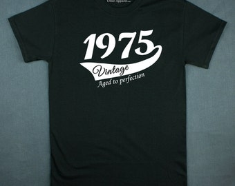 40th Birthday Gift For Man 1975 Vintage Aged To Perfection Crew Neck T ...