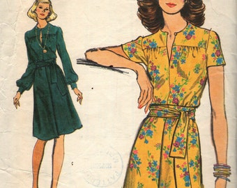 Vintage 1970s Vogue Sewing Pattern 8959 - Misses' Dress size 12
