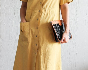 Dress shirt mustard of the 1970s
