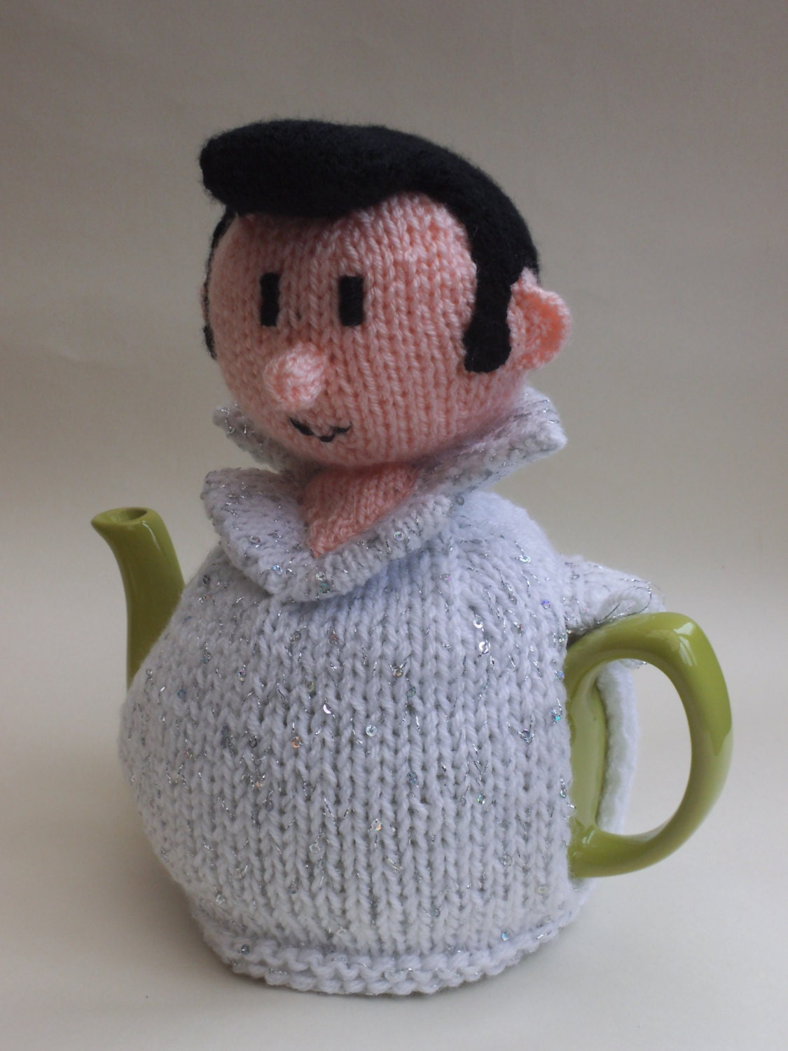 Patterns For Tea Cosy To Knit : Elvis Presley Tea Cosy Knitting Pattern to Knit Your Own Elvis