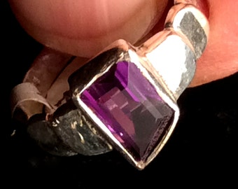 size 7 Sterling Silver Ring. Amethyst, Fine Quality Faceted or Cabochon. Purple. free US ship.