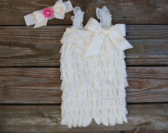 Ivory lace romper. Baby girl romper. Petti lace romper. Toddler romper.  Petti romper set.1st birthday outfit. Photo outfit