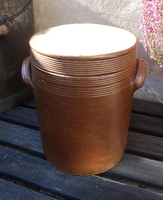 pot en gr s maill avec couvercle grand pot par labelleepoquedeco. Black Bedroom Furniture Sets. Home Design Ideas