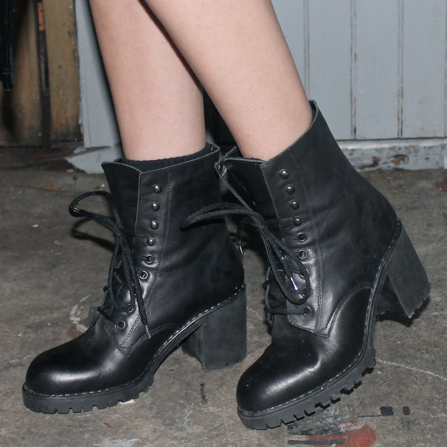 90 s aldo lace up chunky heel combat boot by fluctfashion
