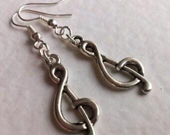 Minimal Treble Clef Earrings , Music Earrings , Musician Earrings , Musician Gift , Silver Earrings , Handmade Jewelry