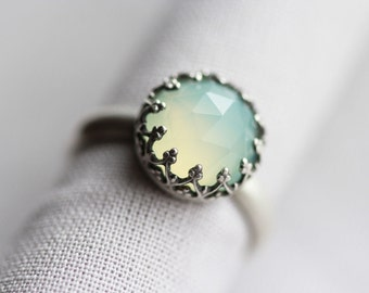 light sea green chalcedony sterling silver gemstone ring. matte band. crown bezel. seafoam gem. statement jewelry (lady of the wood. ring)