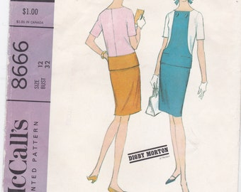 Vintage McCall's Sewing Pattern Top and Straight Skirt 8666 Bust Size 32