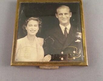 1940s Queen Elizabeth & Prince Philip 1947 Royal Wedding powder compact, rare