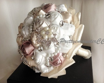 Charming Champagne Roses Wedding Bouquet with Beads Rhinestones Crystal Satin Ribbon Pearls Bridal Bouquet BridesmaidBouquet Wedding Flowers