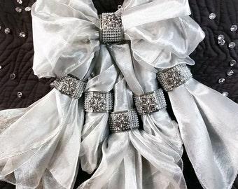Wedding Napkin Rings, Silver Cloth Napkins and Napkin Ring Set, Napkin Holders for Weddings, Winter Wonderland Wedding, Bling Table Decor