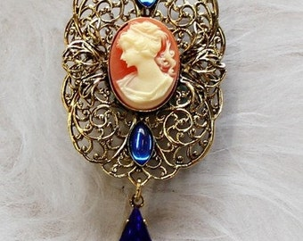 Brooch with Cameo, Antique Gold, 64x31mm (B1)