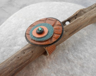 Leather Ring *Kaa's Eye* with Aquamarine gem - big soft ring with brown-blue-orange & black leather circles - hand-sewn boho leather jewelry