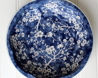 Vintage Tray - Daher Decorated Ware - Long Island New York - Made in England - Blue Cherry Blossom