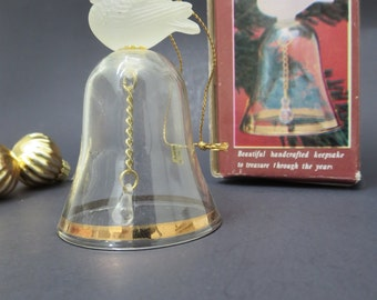 Vintage Glass Bell with Snowbird - Handcrafted Keepsake Bell - Gold and Crystal bell ornament Made in Taiwan