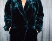 "Vintage 80's -  DonnyBrook - Emerald Green - Faux Fur - Vegan - Winter - Coat - Jacket - bust 42"""