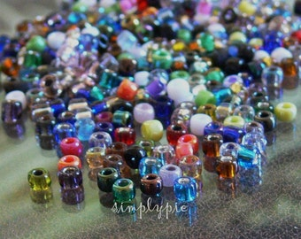 8/0 Matsuno Assorted Colors Japanese Beads 10-Grams Glass Seed Beads