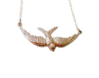 Bird Necklace, Swallow Necklace, Flying Swallow Bird Necklace, Gold Bird Jewelry, Swallow Jewelry, Bird Fashion, Mother's Day Gift