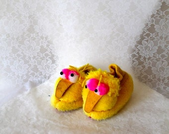 50% off...LAST CALL // vintage toddler's slippers - MUPPET big bird booties / size 5-6