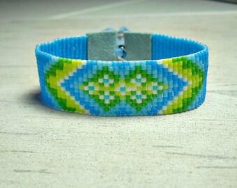 Flower Seed Bead Bracelet - Turquoise Loom Bracelet - Bead Loom Bracelet - Boho Bracelet - Adjustable bracelet