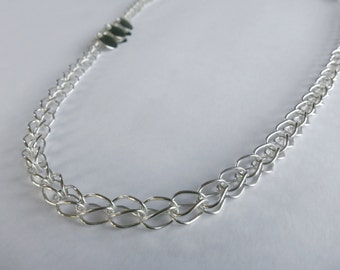 Classic Loop in Loop chain in sterling silver