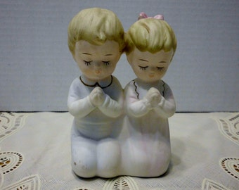 Sanmyro praying boy and girl figurine Made in Japan