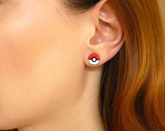 Pokemon earrings / Handmade from polymer clay / Pokeball earrings / Poke ball / Anime / Video game / Geeky / Pokemon studs / Pokeball studs