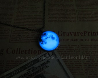 Blue Luminous planet, Earth, party jewelry,glow in the dark jewelry,Glowing Pendant Necklace