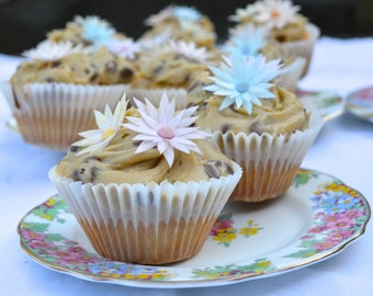 10 x Edible 3D Daisy Flowers - Assorted Soft Pastel Colours  - Cake, Cupcake Toppers, Decorations - Wafer Rice Paper - Sugar Bead Centres