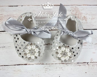 Silver Baby Shoes, Christmas Baby Shoes, Baby Holiday Party Sequin Baby Shoes, Crib Shoes, Baby Girl Shoes, Infant Shoes, Newborn Girl Shoes