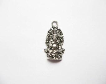 6 Ganesha Buddha Elephant Charms in Silver Tone - C2000