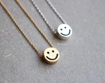 smiley face dot pendant necklace, Smile necklace, Gold dot, Silver dot, Coin, Everyday necklace, Bridesmaid gift, Wedding necklace