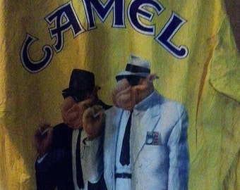 The wide guys on a jacket from camel. Bright yellow. Collectible,  1990s.