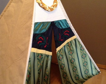 Anna/Frozen Inspired Childrens Play Tent/Teepee