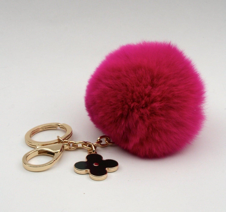 pom perfect fuchsia rex rabbit fur pom pom ball with black. Black Bedroom Furniture Sets. Home Design Ideas