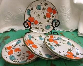 Nice 4pc plate set