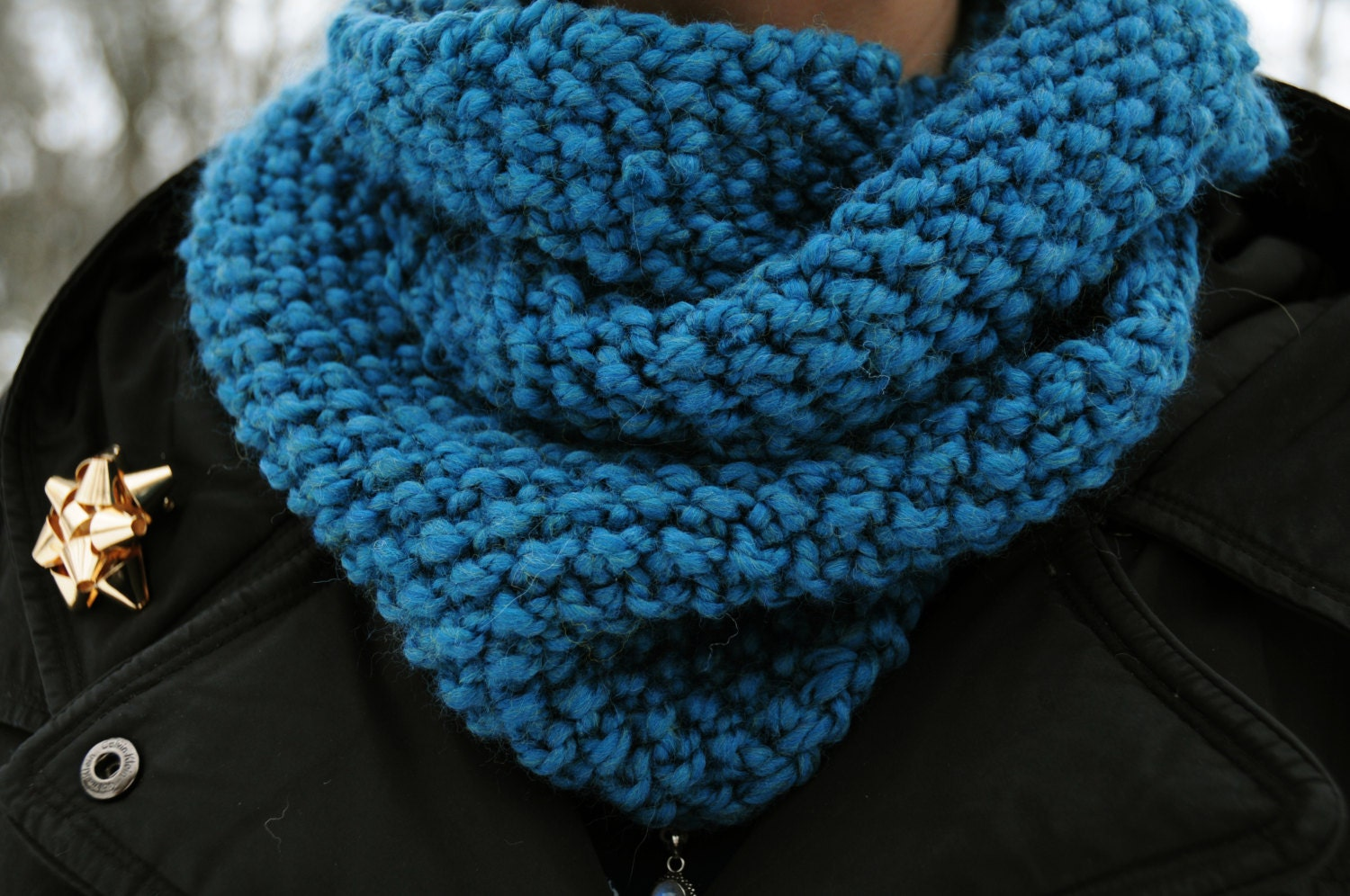 Seed Stitch Cowl Infinity Scarf Teal Blue by TigerTigerKnits