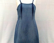 Blue Denim Girl - Knee lenght dress in recycled jean, denim strappy dress, recycling, upcycling