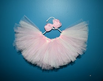 "Elastic waist TUTU with matching 4"" Big bow"