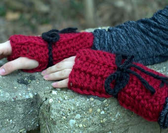 Red Fingerless Texting Gloves wih Black Bows SALE was 14.00 NOW 10.00!!