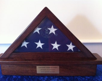Memorial Flag Display Case with Etched Seal