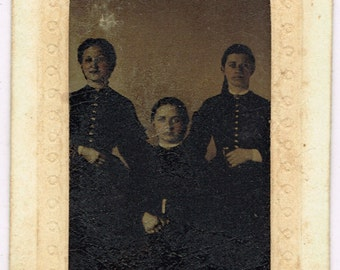 Three Young Ladies in Lambertville New Jersey 1860's Tintype TAX STAMPS