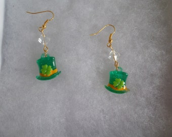 Leprechaun Top Hat Beaded Earrings