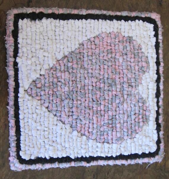 Locker Hooked Candle Mat Pink Heart Trivet Valentine Mug