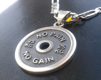 "Weight plate barbell ""No pain no gain"" silver pendant 