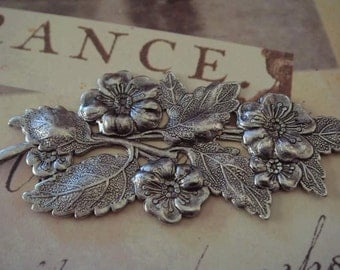 antique silver floral flourish 2 hole 1 pc