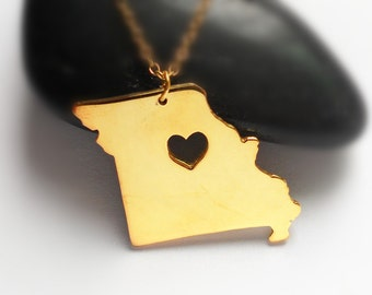 Gold Missouri State Necklace,MO State Charm Necklace ,Missouri State Shaped Pendant,Missouri State Necklace With A Heart