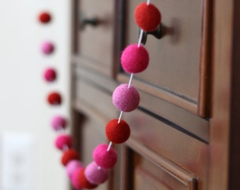 Pink and Red Felt Ball Garland, Valentines Day Pom Pom Garland, Banner, Party Decor